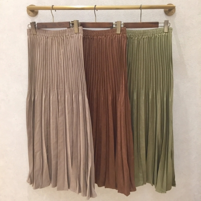 Suede skirt good in autumn♪